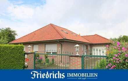 Geräumiger Komfort-Walmdachbungalow m. Garage & großem Grundstück in Bad Zwischenahn / Zentrumslage
