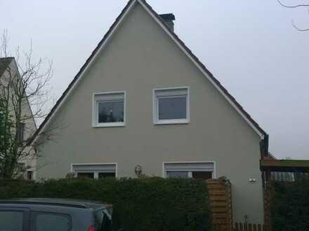 2 zusammenhängende Zimmer (Verbindungstür) in Oldenburg zu vermieten