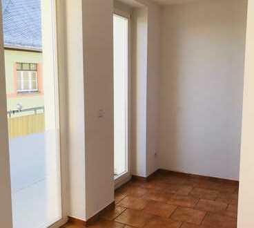 4-Zi-Maisonette-Wohnung mit Balkon - Carportanmietung möglich!