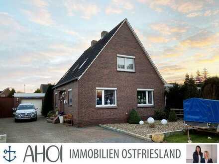 Doppelhaushälfte in ruhiger Lage mit Garage und kleinem Garten