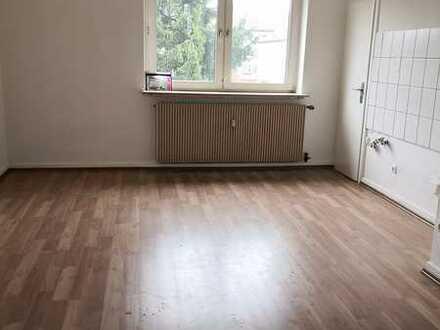 OB-Blücherviertel   2-Zimmer-Wohnung   Wannenbad mit Fenster   Laminat   WG-geeigent