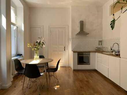 Furnished high-end apartment in the heart of Kreuzberg - möblierte, hochwertige Wohnung in Kreuzberg