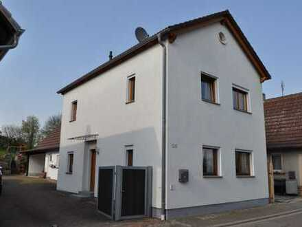 OSTERANGEBOT ! Ein wunderschönes Familienzuhause in Ortsrandlage - im Grenzland der Südpfalz