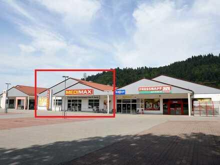 Einzelhandelsfläche in frequentiertem Fachmarktzentrum zu vermieten