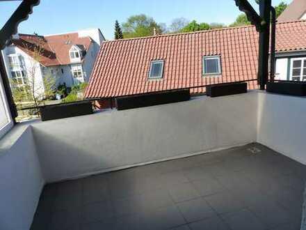 Ihre Residenz in BS-Gliesmarode, aufwendig modernisierte 2 Zi.-Whg. mit Balkon