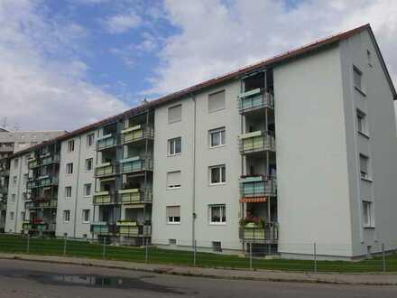 geräumige 3-Zimmerwohnung frisch renoviert mit Balkon im Haken
