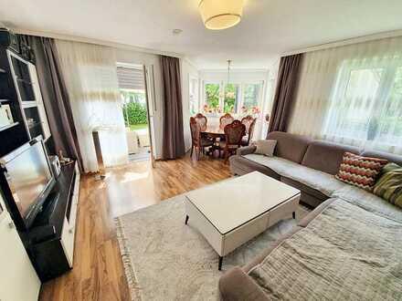 Traumhafte 3-Zimmer-Erdgeschoss-Wohnung mit Terrasse und Garten in Regensburg! Frei ab Q4/21.