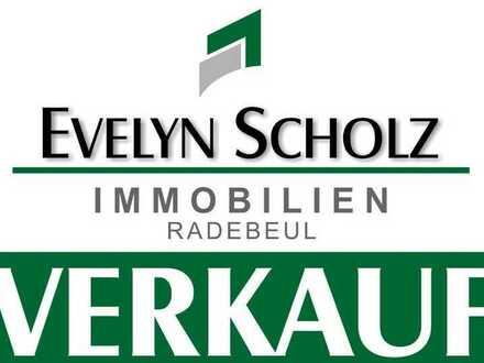 Baugrundstück in Südlage und mit Ausblick in zweiter Reihe von Radebeul-Altkötzschenbroda