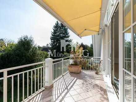 MÜNCHNER IG: Exklusive Dachgeschosswohnung in Villa mit über 4 Meter hohe Decken!