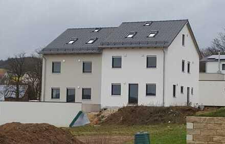 Erstbezug: ansprechende 7-Zimmer-Doppelhaushälfte mit Einbauküche in Eglsee, Amberg