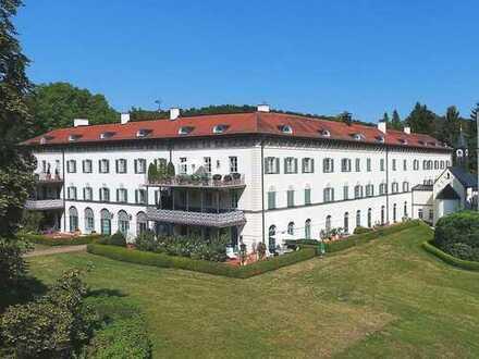 Wohnung im Schlosspark am Starnberger See