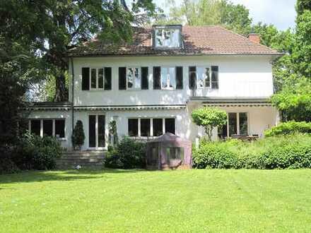 Villa in Bestlage des Johanniterviertels / Regierungsviertel