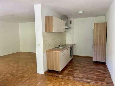 Wohnung mit Einbauküche und Balkon im 2.OG in Bielefeld - Großdornberg