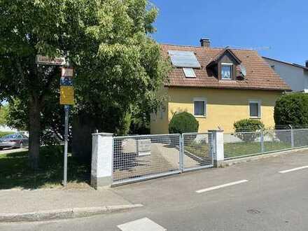 Schnuckeliges Häuschen mit grüner Oase in Weingarten