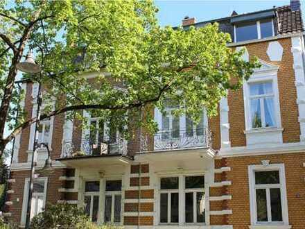 Traumhafte 9-Zimmer-Villa mit Einbauküche und Garten im Villenviertel, Bonn