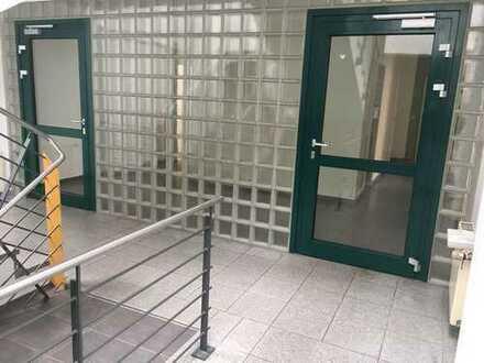 Schöne, geräumige vier Zimmer Wohnung in Rhein-Erft-Kreis, Pulheim
