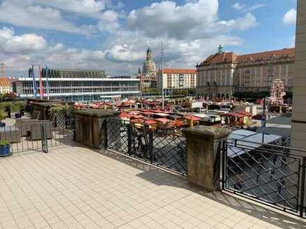 Ihre neue Wohnung mit einem fantastischen Blick auf den Altmarkt - Erstbezug nach Sanierung !