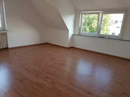 465 €, 80 m², 3 Zimmer
