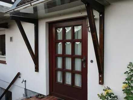 Kleine, gemütliche 2 Zimmer DHH mit Terrasse und Garten