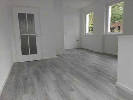 Komplett renovierte 3-Raum-Wohnung