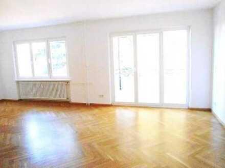 Dahlem, schöne, moderne Wohnung im Grünen, Parkettzim, Balkon teilmöbliert AUF ZEIT für 2 Jh