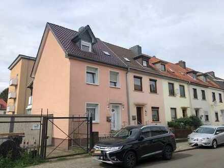 Neustadt! Saniertes Reihenendhaus in gesuchter Wohnlage!