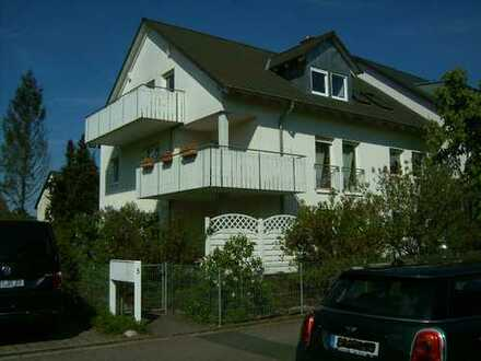 Gepflegte 3-Zimmerwohnung mit Balkon in Erlangen-Eltersdorf