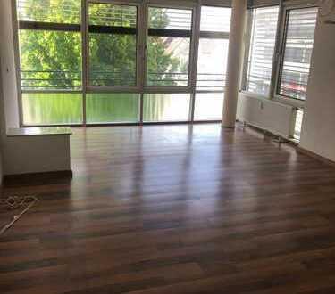 Moderne 2 1/2 Zimmer Wohnung in zentraler Lage inkl. Tiefgaragenplatz
