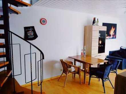 2 Zimmer-Maisonette mit EBK und in der Altstadt von Dreieichenhain. Es geht nicht besser.