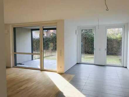 Tolle Neubau-Erdgeschosswohnung mit Terrasse und kleinem Garten, ideal für Singles oder Paare!