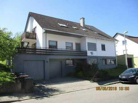 Großzügige 4,5 Zi. Wohnung, 30er Zone, in Aidlingen