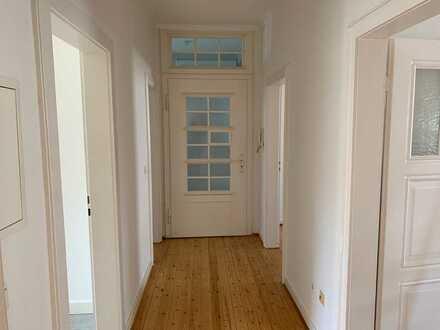 Altbau-Wohnung mit drei Zimmern in Kaiserslautern Innenstadt