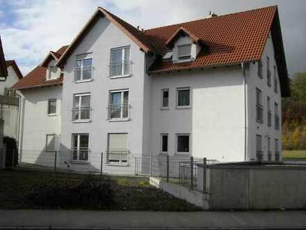 (D)ein Highlight! Einmalige 3,5-Zimmer-Dachgeschoss-Eigentumswohnung im Zentrum von Warthausen