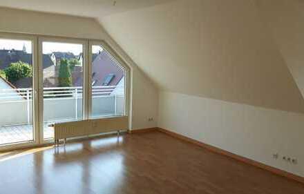 Schöne, helle 3-Zi.-Wohnung mit Balkon in Großkrotzenburg
