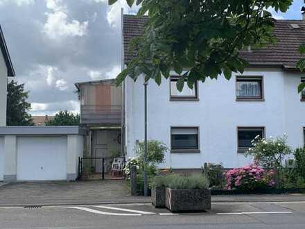 Erbpacht! Interessantes Zweifamilienhaus in Eppelheim