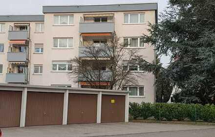 Hanau-Steinheim, gut geschnittene 4-Zimmerwohnung mit schönem Ausblick vom Balkon