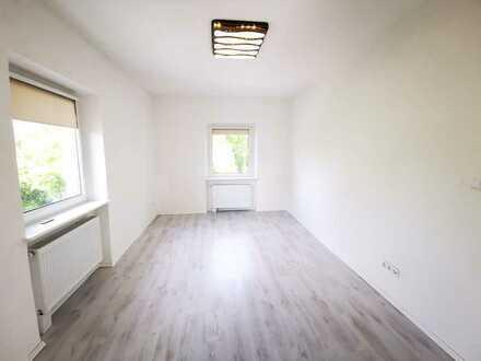 Helle lichtdurchflutete , 4-Zi-Wohnung mit Balkon Einbauküche in IN. Hbf