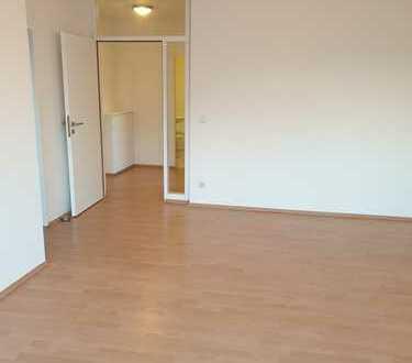 Zentrale & Renovierte 2 Zi. KÜ, BAD & BLK Wohnung - im Westen von Ahlen