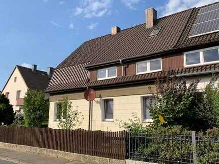 Gepflegte Doppelhaushälfte auf Traumgrundstück in sehr guter und ruhiger Lage in Seelze - Stadt