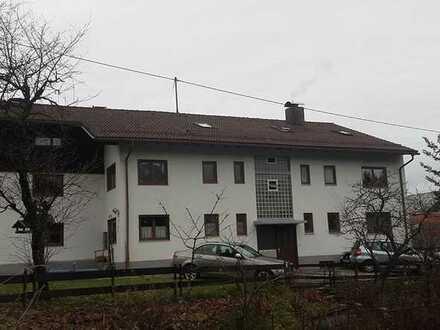 4-Zimmer-Dachgeschosswohnung mit EBK in Blaichach-Altmummen