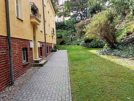 Hübsche & besondere 3 Zimmerwohnung in grüner Lage mit Balkon