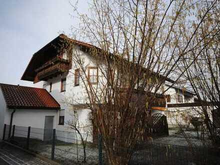 Moderne, helle 2-Zimmer-Souterrain-Wohnung mit schönem Garten und 2 Duplexstellplätzen
