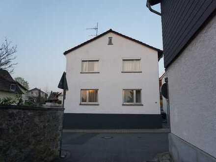 Schönes Haus mit fünf Zimmern in Darmstadt-Dieburg (Kreis), Alsbach-Hähnlein