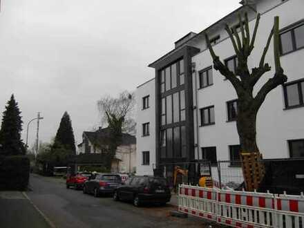 """Erstbezug: exklusive 3-Zimmer-Citywohnung mit Balkon im """"Wohnpark Uferstraße"""" der Blütenstadt"""
