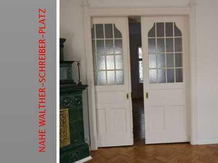 4 Zimmer,Stuck,sep. Dusche,Parkett,Balkon,Lift,Teilgewerbliche Nutzung nahe Walther-Schreiber-Platz!