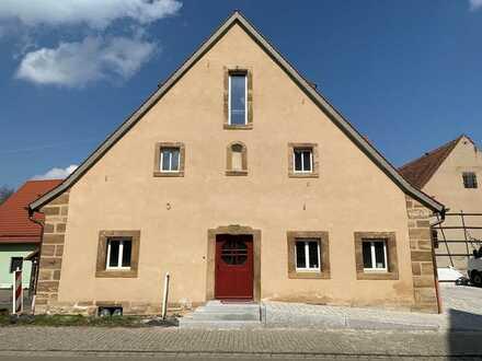 Erstbezug nach Sanierung: freundliche 3-Zimmer-Wohnung mit EBK und Balkon in Ramsberg