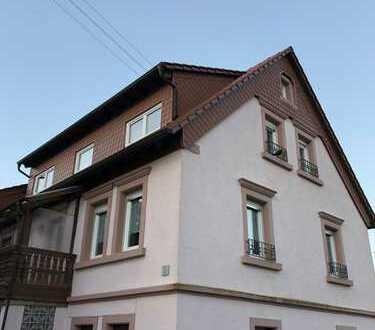 1.490 €, 265m², 7 Zimmer Schön renoviertes Haus mit tollem Blick und Einliegerwohnung