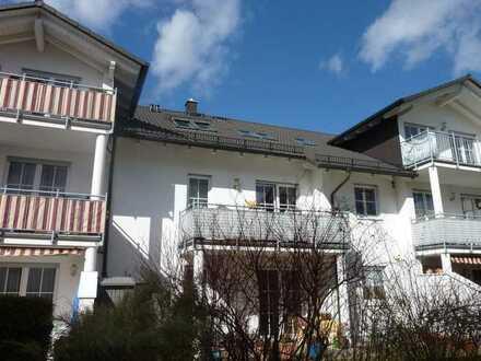 Provisionsfrei! Ruhig gelegene, gepflegte 2-Zimmer-Wohnung mit Südbalkon in kleiner Wohnanlage