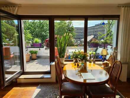 Ein Platz an der Sonne! 2,5 Zimmer über den Dächern der Bottroper Innenstadt mit Aufzug und EBK