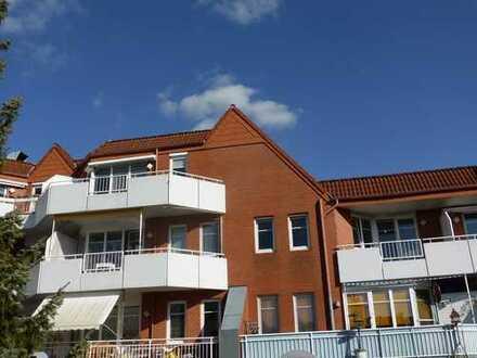 Sehr schicke Sonnenwohnung mit Balkon und Lift